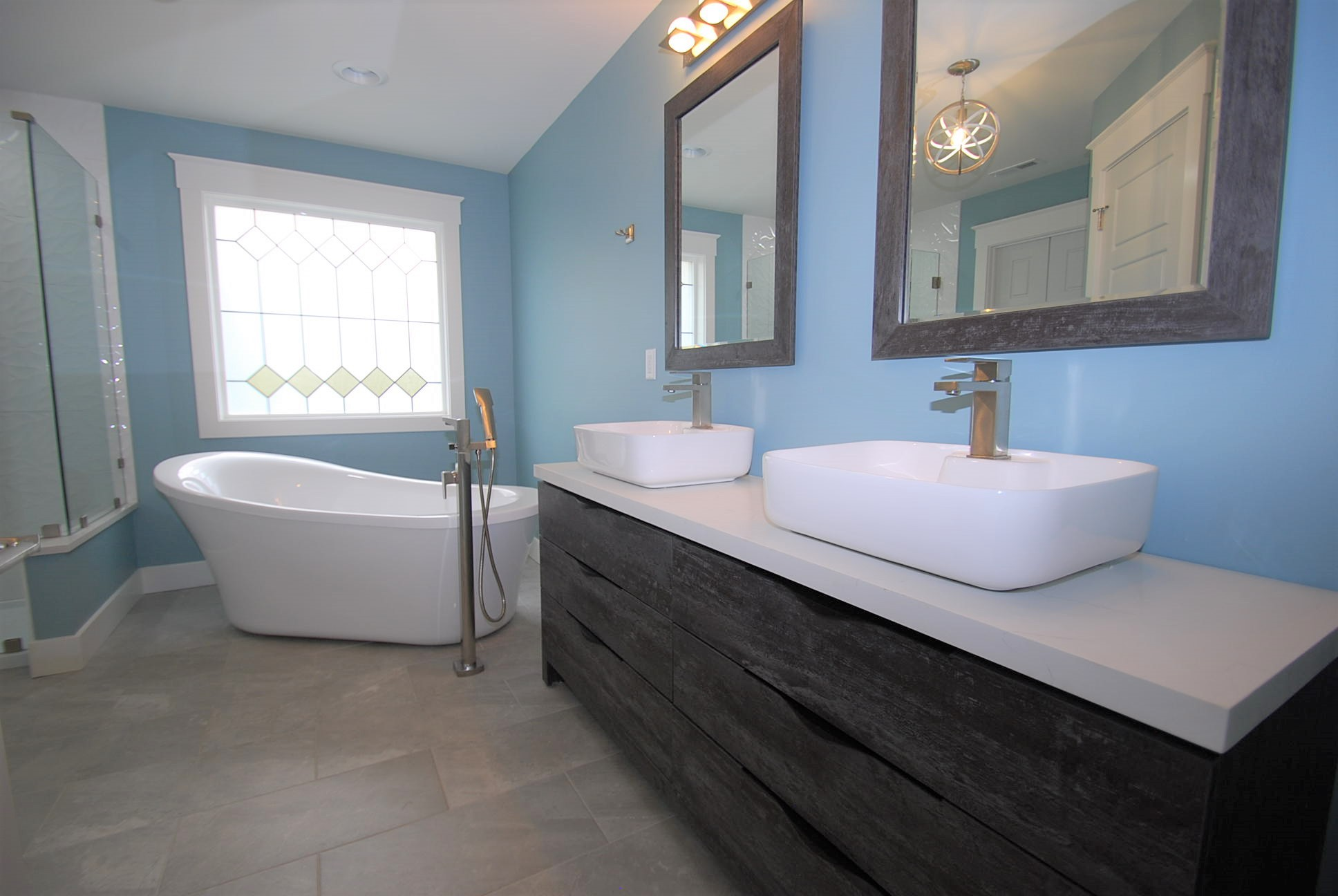 White Quartz Doble Vanity Top, Granite Concept, KY